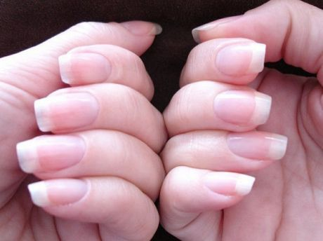 Rub This Mixture On Nails To Get Long And Strong Nails