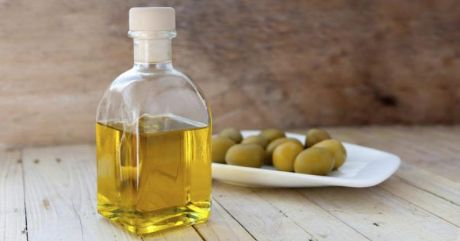 Beauty Benefits of Mineral Oil