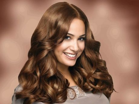 TRENDY HAIR COLOUR STYLES